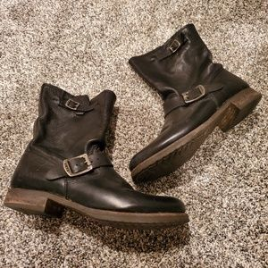 Frye Veronica Short Black Leather Boots 12
